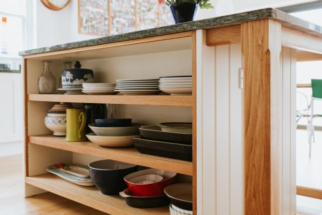 Open storage on kitchen island